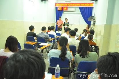khóa học tự tin đứng trước công chúng