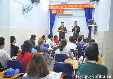 tuyển sinh khóa học làm mc hội nghị